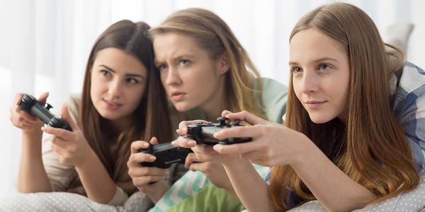 دختران گیمر از فاش کردن هویت خود میترسند